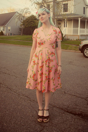 vintage 70s vintage dress - modcloth wedges