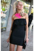 black Justyna G dress - black 255 Chanel bag - hot pink Justyna G accessories