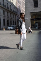 white Pirelli pants - navy mauro grifoni jacket