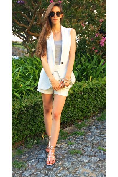 white Ferrache shorts - white Mango vest