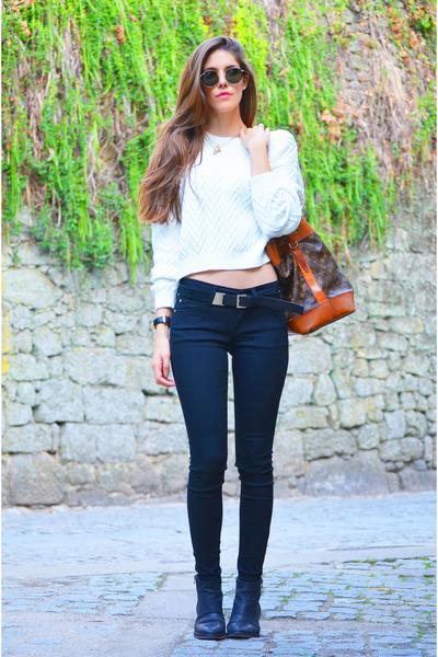black Mango jeans - white Mango sweater - dark green Ray Ban sunglasses