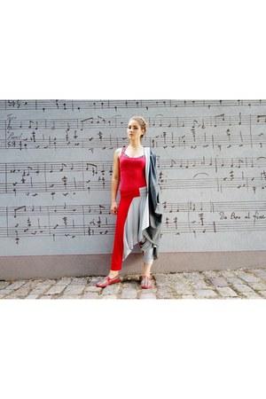 red Saska Fashion pants - ruby red Rivieras shoes - red Bershka top