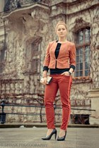 orange Saska Fashion jacket - ruby red Zara pants