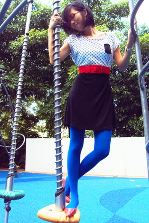 blue Topshop tights - red Schu shoes - red belt - black flesh imp dress