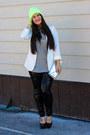 Asos-hat-express-leggings-markus-lupfer-shirt-steve-madden-heels