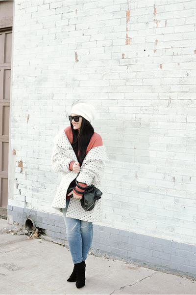 Mossimo-jeans-balenciaga-bag