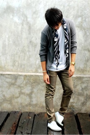 H&M scarf - H&M sweater - hidden agenda pants - asos shoes