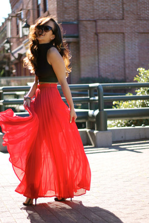 Forever21 top - Bebe skirt