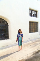 sequin H&M skirt - yankee Forever 21 sweatshirt