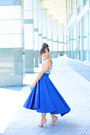 Blue-ktrcolection-skirt-nude-christian-louboutin-pumps