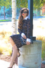 Lace-bcbg-max-azria-dress-leopard-christian-louboutin-pumps