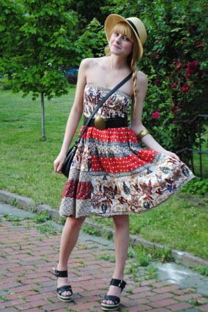 thrifted dress - Forever 21 hat - vintage belt