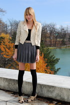 Forever 21 skirt - H&M socks - Forever 21 shoes - H&M jacket