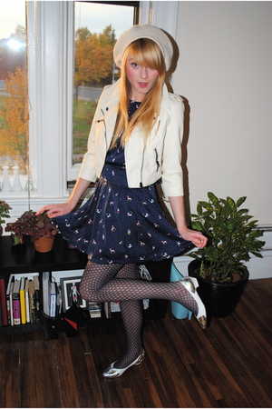 Forever 21 dress - thrifted hat - vintage shoes
