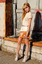 Jeffrey Campbell shoes - H&M purse - Forever 21 shorts - vintage top