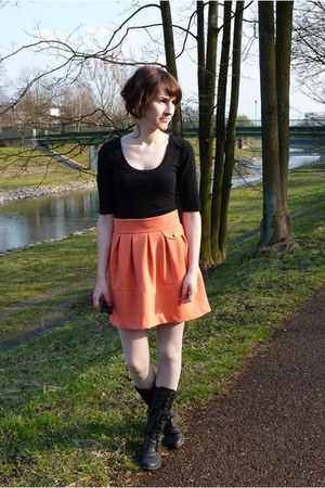 black New Yorker boots - white H&M tights - salmon H&M skirt - black lindex t-sh