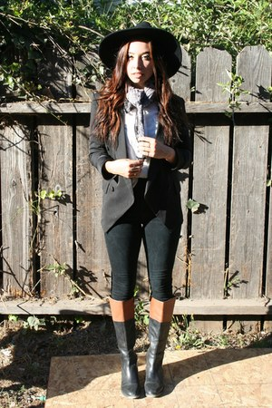 black BDG jeans - bronze boots - black Urban Outfitters hat