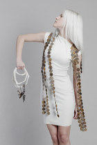 white Krete & Kätrin Beljaev dress - Krete & Kätrin Beljaev purse