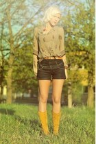 yellow suede thrifted boots - Vila shorts - ethnic print thrifted blouse