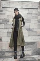 black vagabond boots - dark khaki wholesalebuying coat