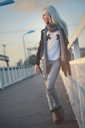 top - silver Only jeans - Vero Moda blazer - scarf - vagabond wedges