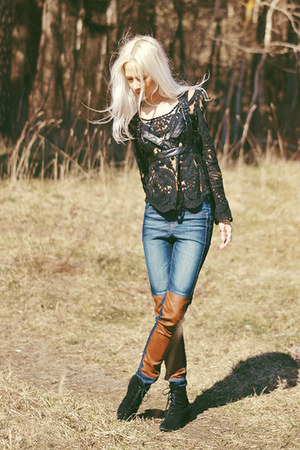 black romwe blouse - black suede boots - blue jeans - black romwe accessories