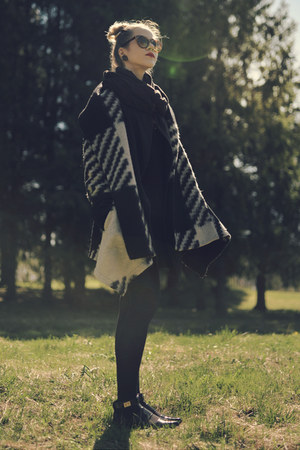 wool Zara coat - black asos shoes
