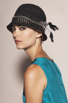 Crochet Toyo Chain Feather Cloche Hat