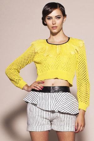 Kahri by KahriAnne Kerr sweater