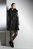 Kahri-by-kahrianne-kerr-coat
