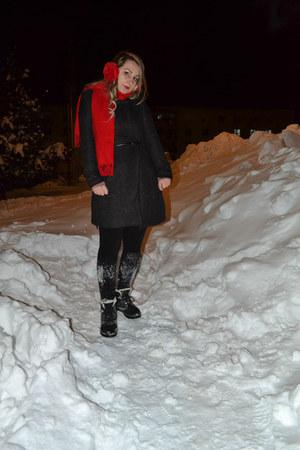 Oasapcom boots - Sheinsidecom coat
