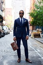 Navy suit - brown accessories!