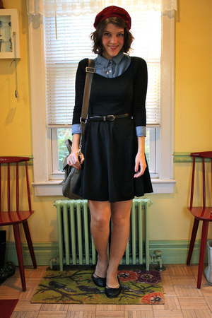 crimson velvet vintage hat - black jersey knit H&M dress