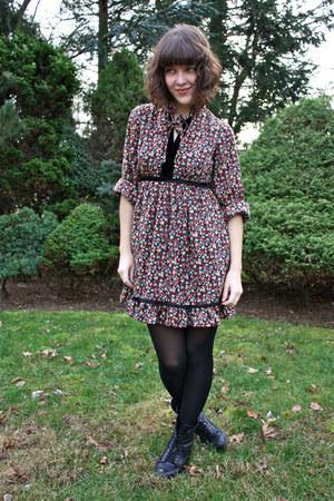 crimson vintage dress - black lace-up lucky boots - tan duffle Uniqlo coat