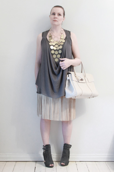 beige Customized skirt - gray Cox boots - white Mulberry bag