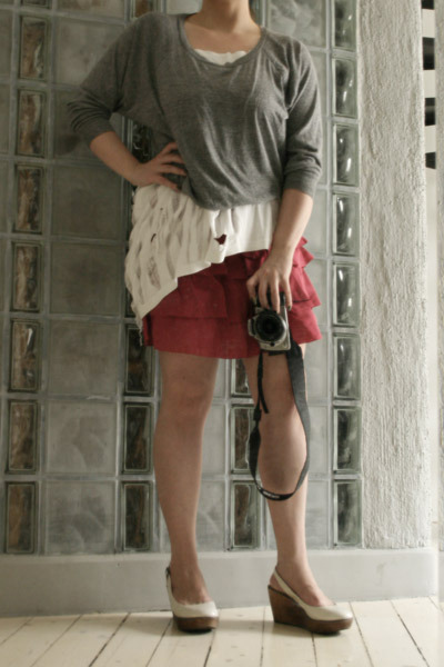 American Apparel sweater - DIY t-shirt - H&M skirt - Topshop shoes