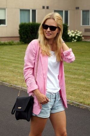 Front Row Shop blazer - H&M shorts - Marc by Marc Jacobs sunglasses