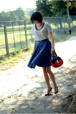 navy Choies skirt - crimson milanoo shoes - white Zara shirt - red Newdress bag