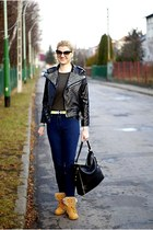 black Sheinside jacket - tawny Mergpl boots - navy Paulo Connerti jeans