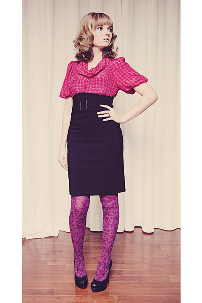 black le chateau skirt - pink banana republic blouse - pink Mod Cloth tights - b
