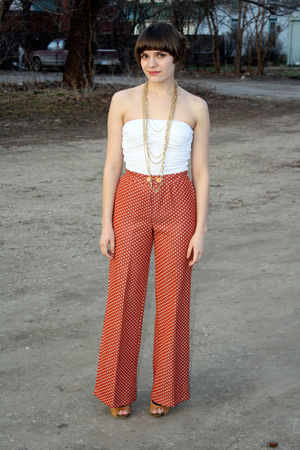 orange vintage pants - white top - gold Forever 21 necklace