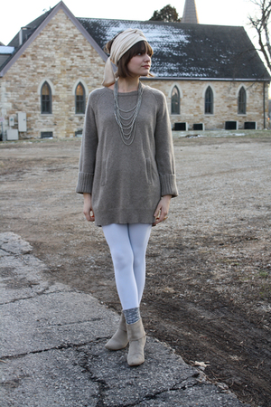 gray Gap sweater - white We Love Colors leggings - beige American Apparel scarf