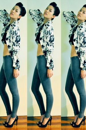 black Metropolis blazer - top - Marks and Spencers jeans - black Nine West shoes
