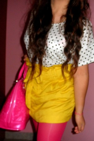 tights - bag - skirt - t-shirt