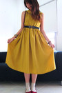 Mustard-diy-self-made-dress-beige-socks-black-elastic-belt-brick-red-flats