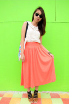 peach skirt - white lace top - brown wedges