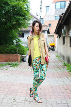 aquamarine tropical print Zara pants - camel Topshop purse - yellow Zara top