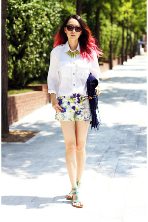 navy Zara shorts - navy Emilio Pucci bag - white H&M blouse