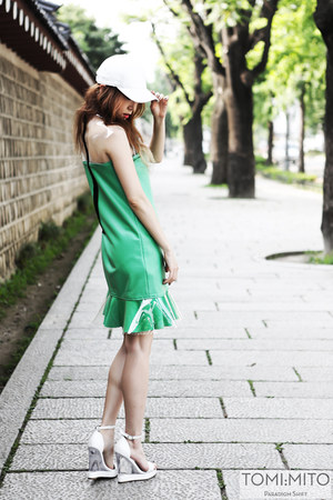 green pvc flared kiok dress - white granted Jeffrey Campbell wedges