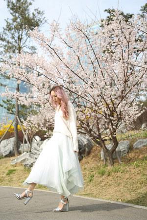 light blue silk Yuna Yang skirt - silver holographic Jeffrey Campbell heels